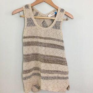 Sparrow irregular hem  sleeveless sweater XS